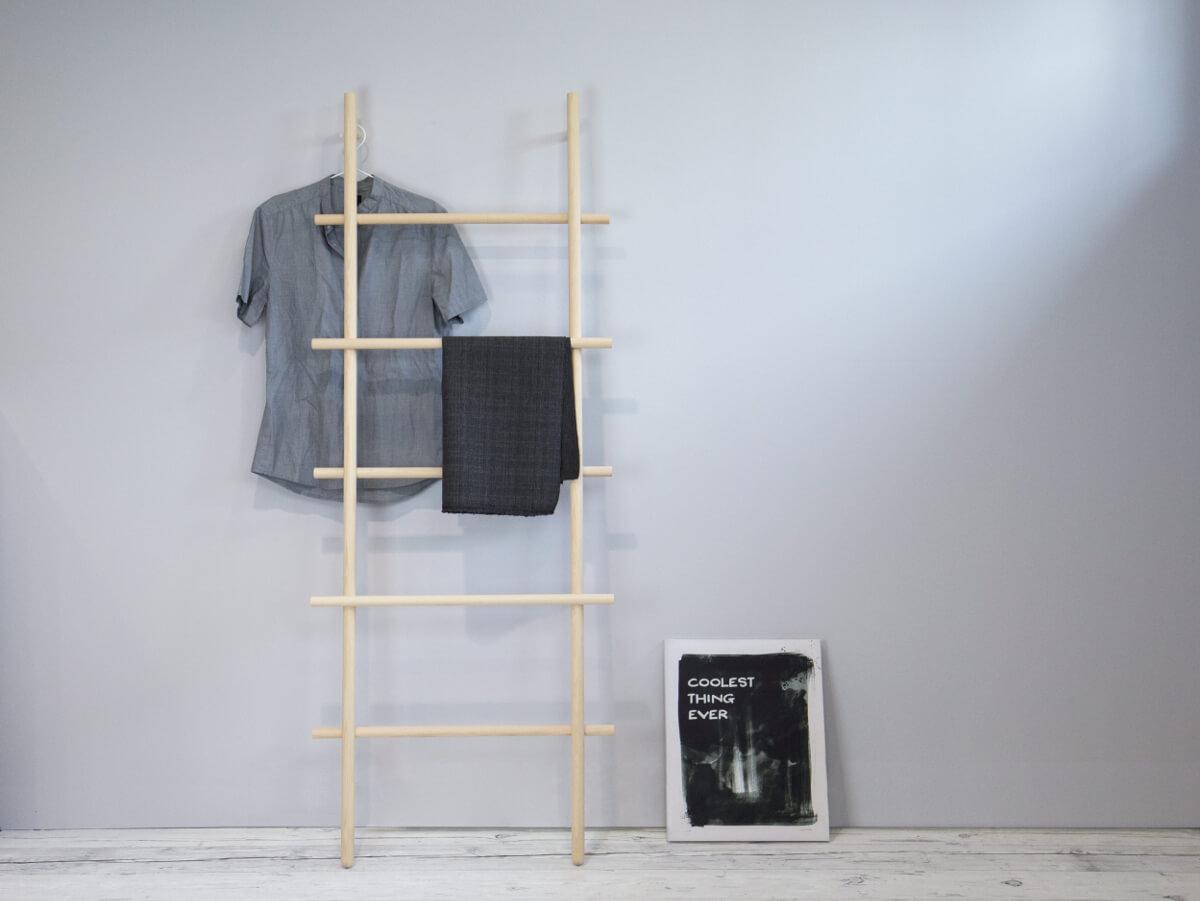 leiter loadah aus esche 180x70x12 cm der marke kommod handtuchleiter leiterregal handtuchhalter. Black Bedroom Furniture Sets. Home Design Ideas